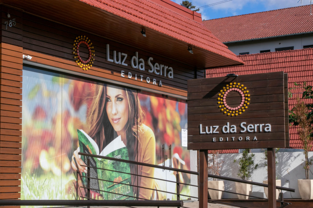 Fachada da Luz da Serra Editora